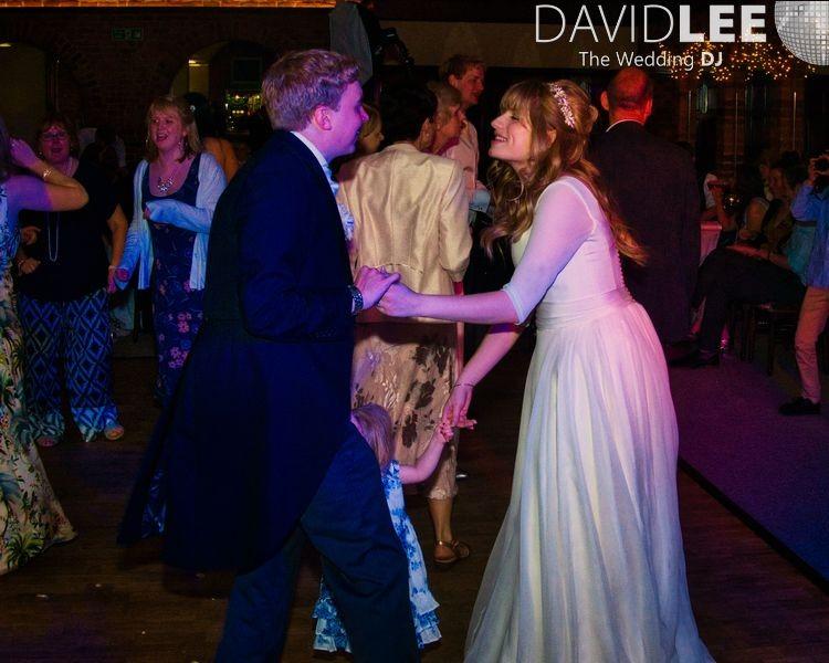 Brde adn groom dancing